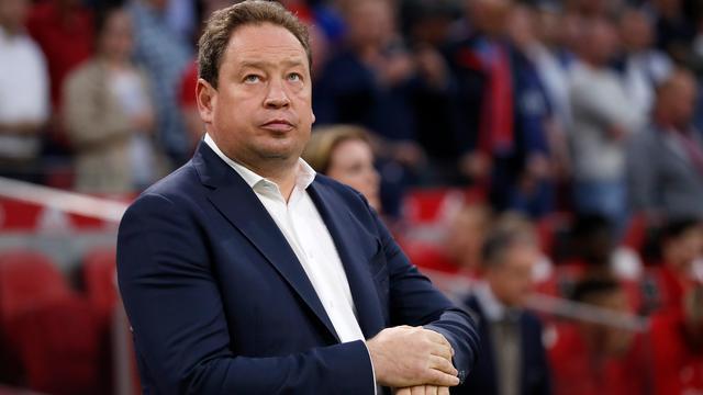 Slutsky ziet verlies Vitesse bij 'beste Ajax sinds 1995' als leermoment