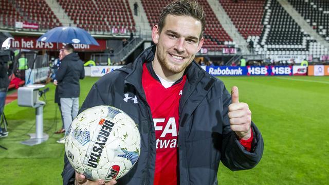 AZ-spits Janssen wint Johan Cruijff Prijs voor grootste talent