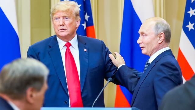 Trump overweegt gesprek met Poetin af te blazen om situatie Oekraïne