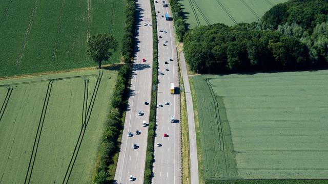 Duitse snelweg uren dicht om aanwezigheid bommen