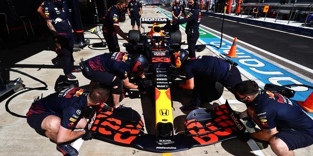 Verstappen start achteraan in GP Rusland vanwege nieuwe motor