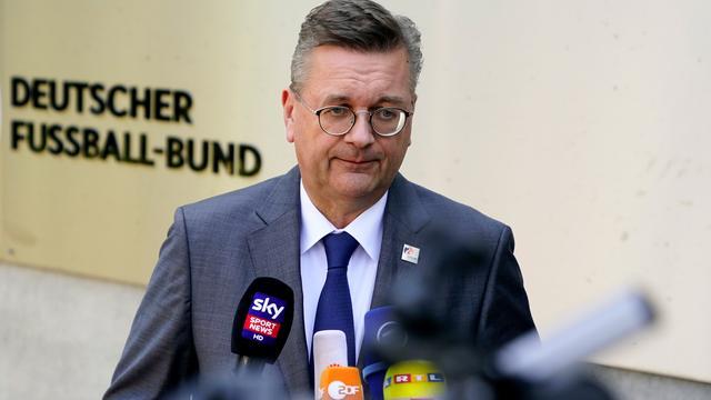 Aantijging van racisme door Özil doet voorzitter Duitse voetbalbond pijn