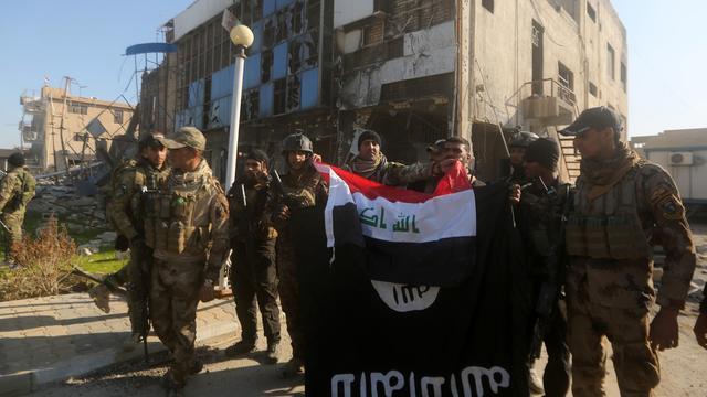 Iraakse leger verklaart stad Ramadi volledig 'IS-vrij'