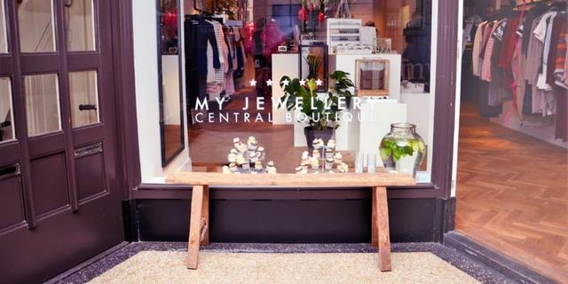 Webshop 'My Jewellery' opent fysieke winkel aan Oudkerkhof