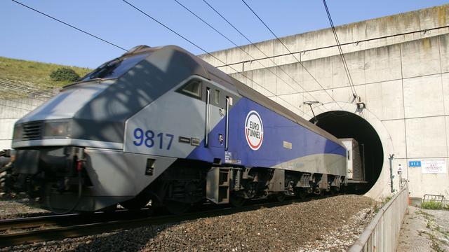 Verstekeling overlijdt op vrachttrein Kanaaltunnel