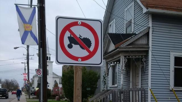 Canadese stad Ottawa krijgt verbodsborden voor tractors door fout