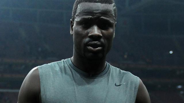 FIFA schorst Eboué voor een jaar na dispuut met zaakwaarnemer