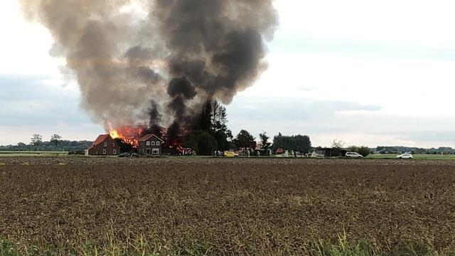 Grote brand in schuur in Zeeuwse stad Aardenburg geblust