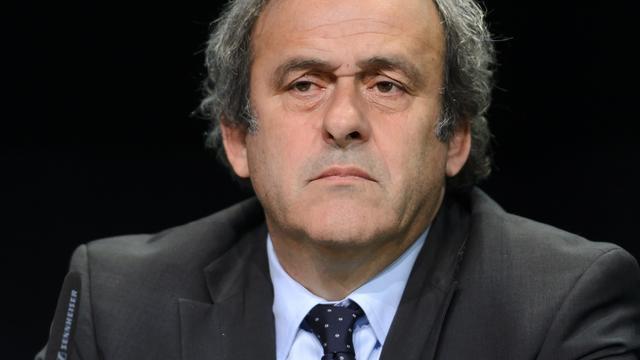 'Platini maakt kandidatuur voorzitterschap FIFA snel bekend'