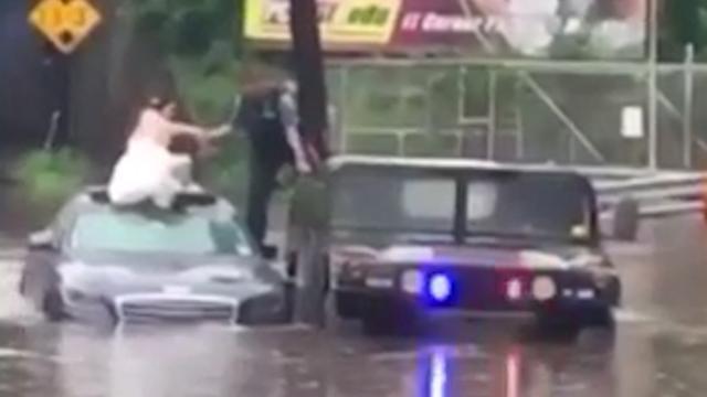Agent redt bruid van overstroming in New Jersey