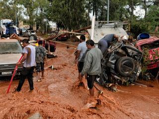 Overstromingen gevolg van zware regenval