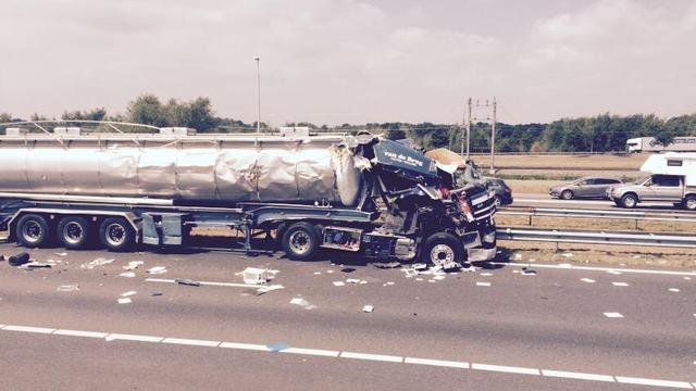 Ongeval met tankwagen bij industrieterrein Hazeldonk