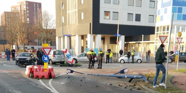 Achtervolging in Assen met aanrijding voorbijgangers eindigt in vechtpartij