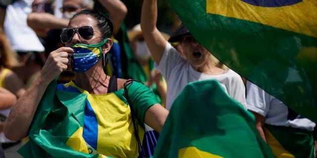 Brazilië meldt enorm dodental, Senaat onderzoekt zwalkend coronabeleid