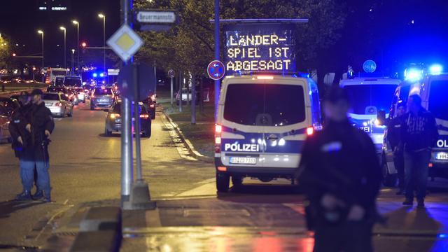 Huiszoeking Hannover na dreigende aanslag wedstrijd in november