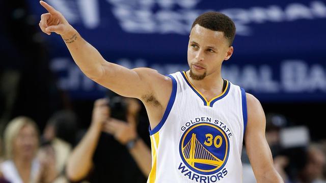 Warriors evenaren NBA-record met 44e thuiszege op rij