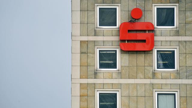Duitse bank wil rente heffen bij grote som spaargeld