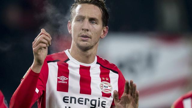 PSV zoekt naar herstel, minder treinen rond Schiphol