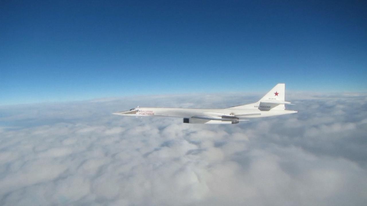 Belgische F16's onderscheppen Russische bommenwerpers boven Noordzee