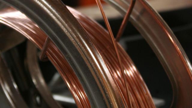 Management kabelfabriek Smit Draad uit zorgen