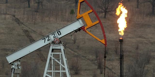 Olieprijs bereikt hoogste punt in acht maanden tijd