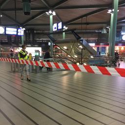 Hele nacht geen treinen meer van en naar Schiphol door brand in trein