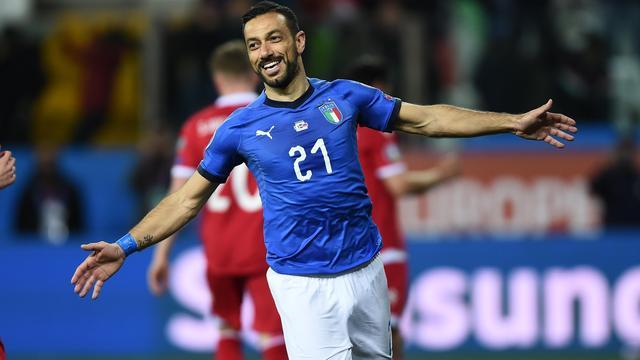 Italië wint mede dankzij 'oudje' Quagliarella, knappe comeback Denemarken