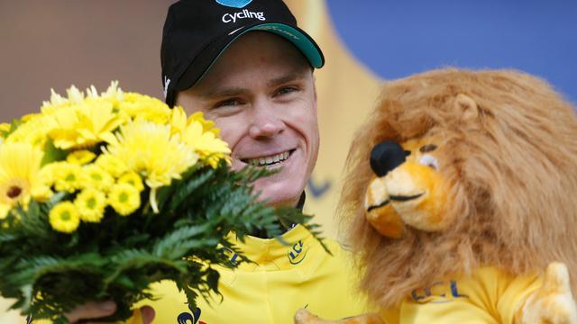 Froome stelt eindzege in Tour veilig, Greipel wint op Champs-Élysées