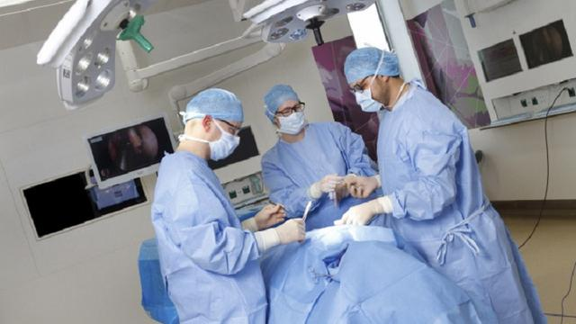 Operatiekamers Gronings ziekenhuis na jaar weer open na sluiting door vliegjes