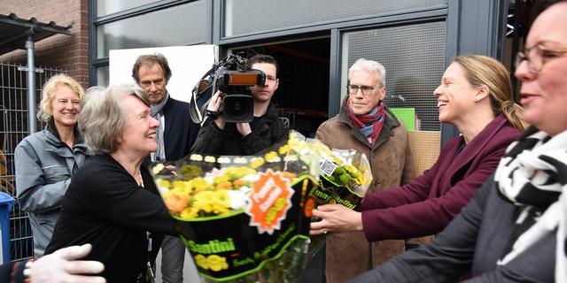 Minister en staatssecretaris bezoeken Voedselbank Leiden