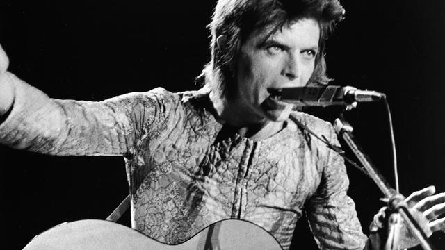 Originele handgeschreven tekst David Bowie's Starman geveild