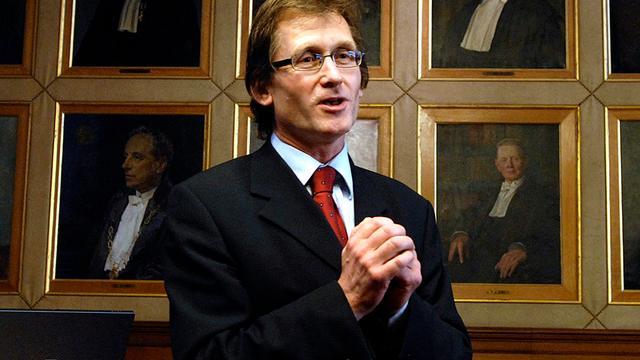 RUG vernoemt gebouw naar Nobelprijswinnaar Ben Feringa