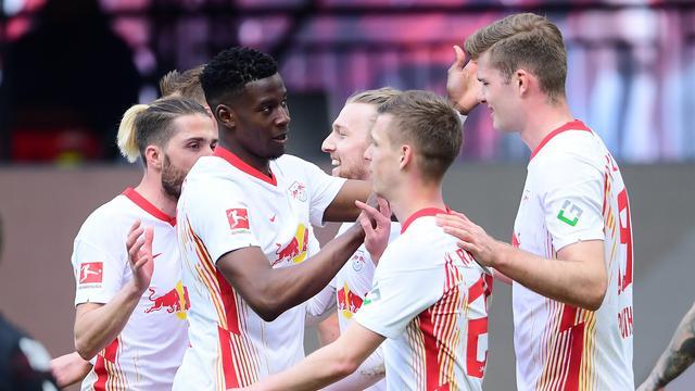 RB Leipzig viert de 2-0 van Emil Forsberg.