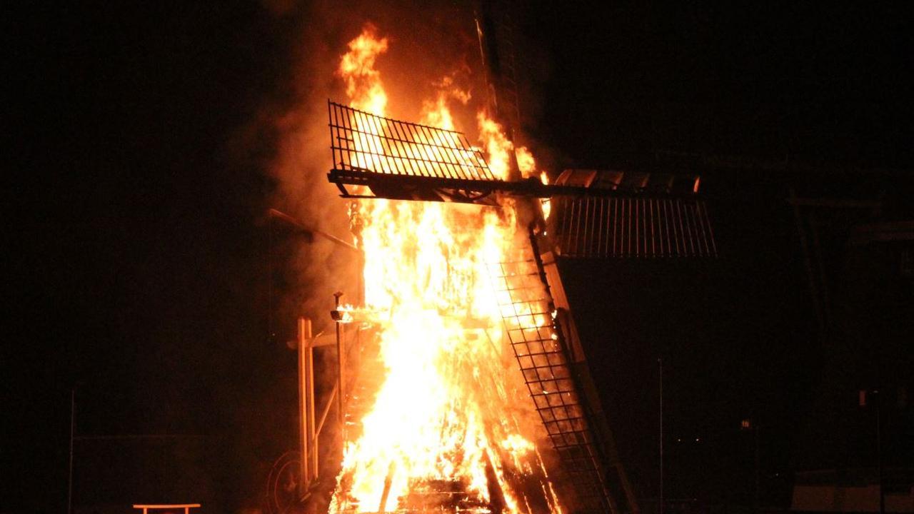 Brandstichting monumentale molen Oud-Zuilen
