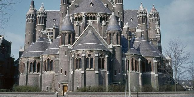 Haarlemse Bavo Basiliek in race voor Europese publieksprijs