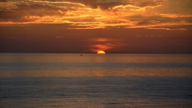 Geredde zeezeiler voor kust Zandvoort overleden