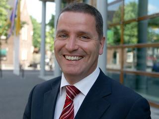 Delhez was 3,5 jaar burgemeester van Noord-Beveland