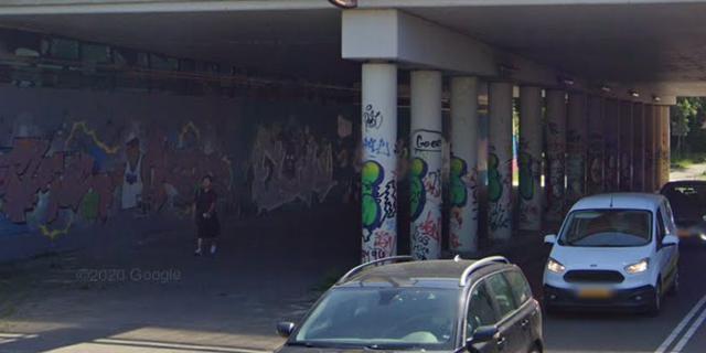 Van Iddekingeweg twee weken gesloten voor verkeer onder viaduct