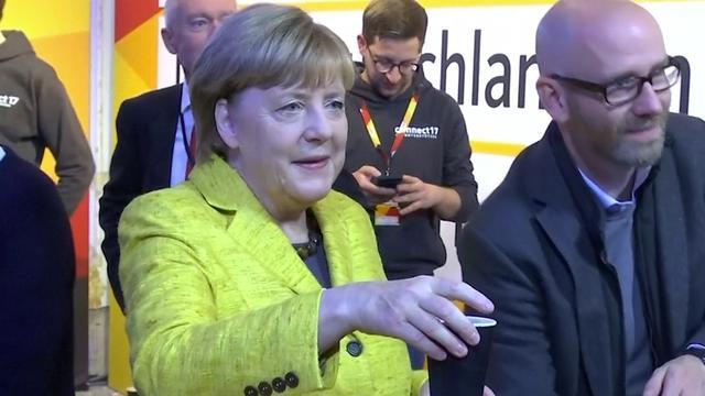Merkel richt zich op jongeren en Europa op laatste dag verkiezingscampagne