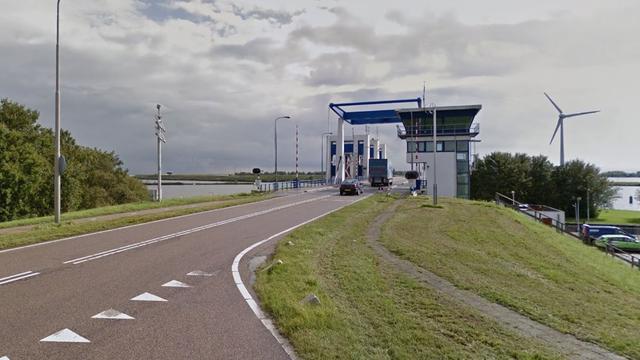 Dijk Enkhuizen-Lelystad nog dicht door harde wind van zaterdag