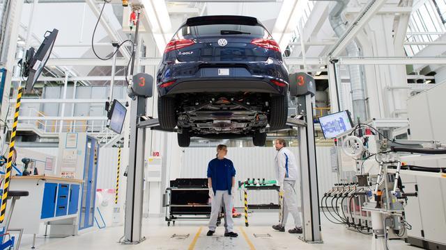 Volkswagen schroeft bonussen voor personeel terug