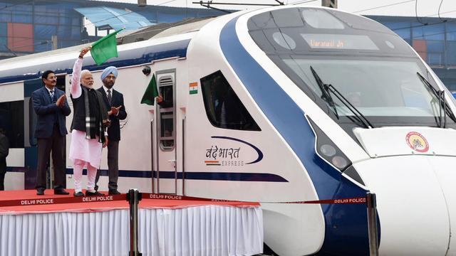 Snelste trein van India valt dag na introductie stil