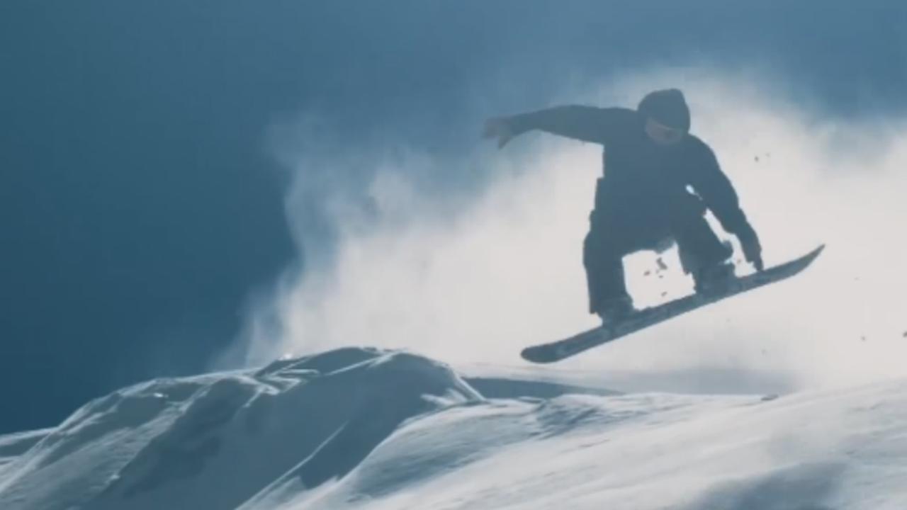 Franse snowboarder bedwingt steile hellingen mont blanc nu het