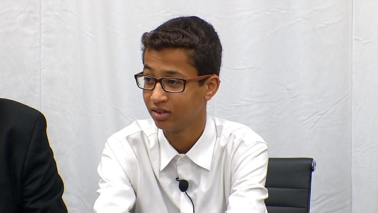Familie Amerikaanse 'bommenmaker' (14) klaagt school aan