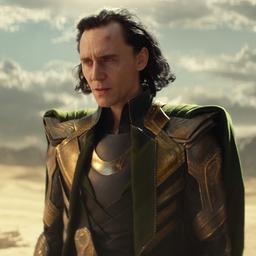 Acteur Tom Hiddleston debuteert als zanger