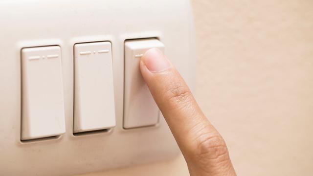 Wisselen van energieleverancier kan bijna 400 euro per jaar schelen