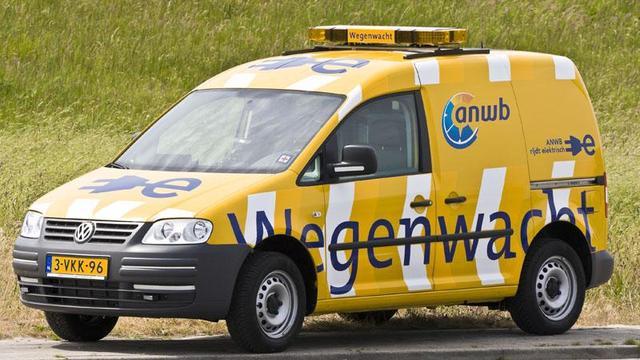 ANWB voorziet wegenwachtauto's van reservewiel
