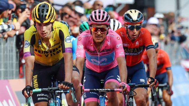 Jumbo-Visma-ploegleider Engels denkt dat Roglic Giro nog kan winnen