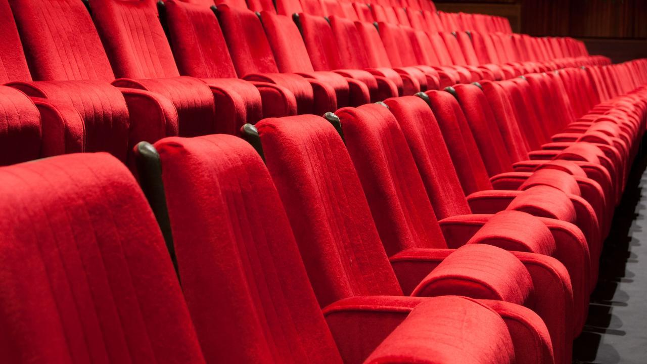 BN'ers roepen op tot steun van Amsterdams' oudste bioscoop The Movies