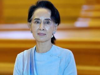 Suu Kyi ligt internationaal onder vuur wegens geweld tegen Rohingya-minderheid